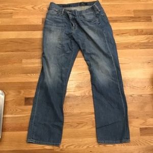 34 32 straight lucky brand jeans good condition